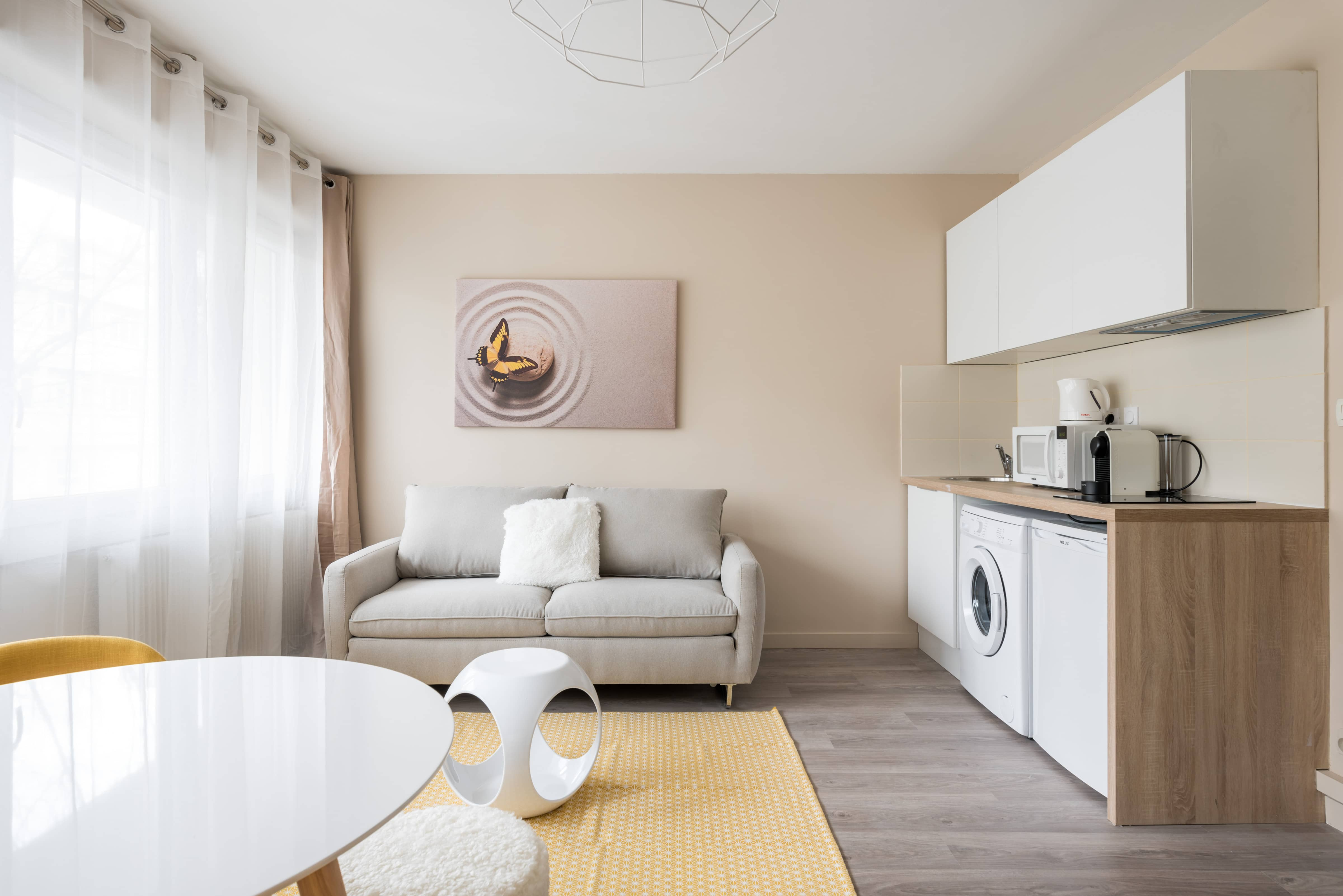 enjoy in lyon appartement lyon villeurbanne studio vintage. Black Bedroom Furniture Sets. Home Design Ideas